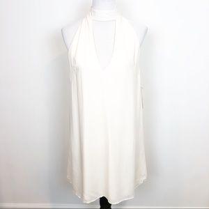 TOBI OFF-WHITE SLEEVELESS HALTER SHIFT DRESS